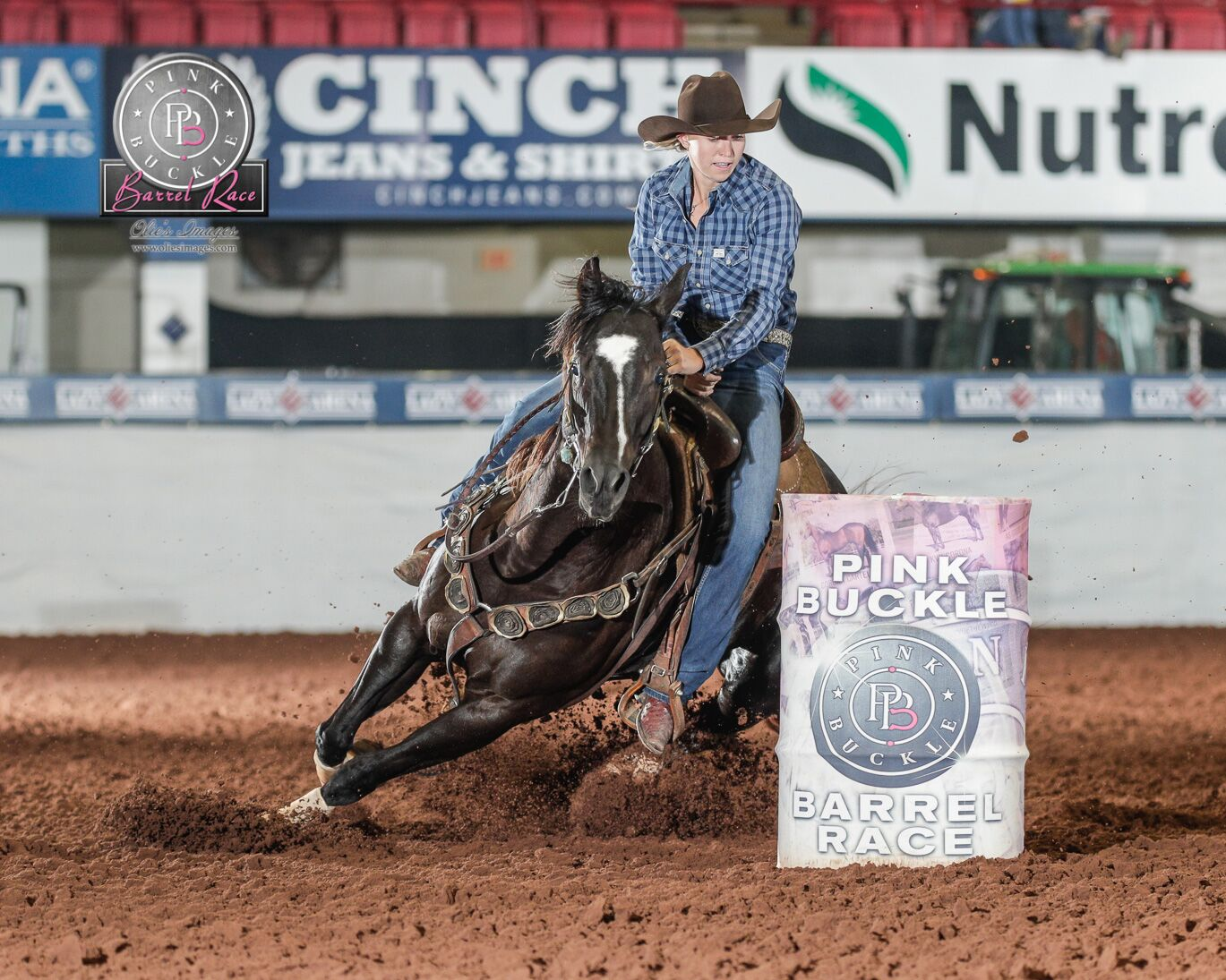 Slick N Black and Cayla Melby Small winning the 1st Go of hte Pink Buckle Futurity for $27,625 and $26,244 in the average.