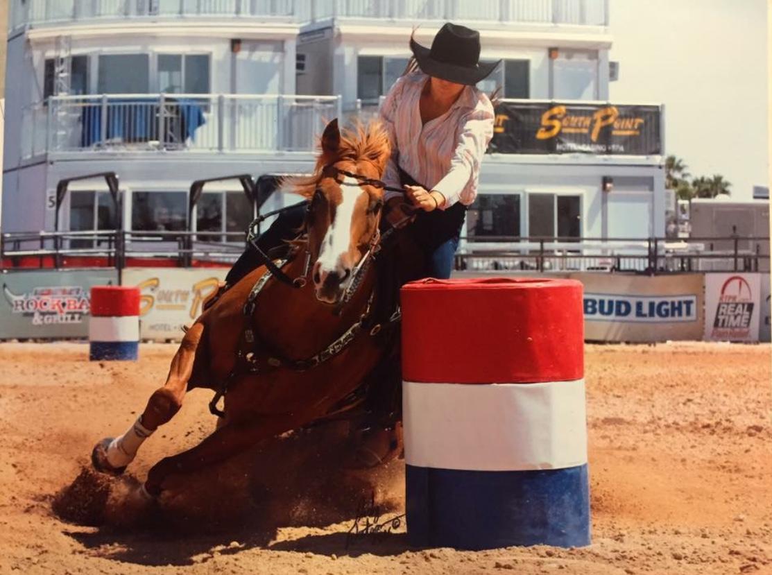 CFour Tibbie Stinson winning the PRCA Rode in Las Vegas NV 2016